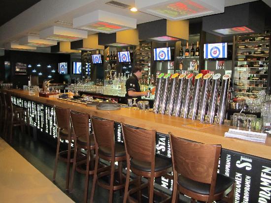 """Potrefena Husa : il banco con le """"spine"""" della birra"""