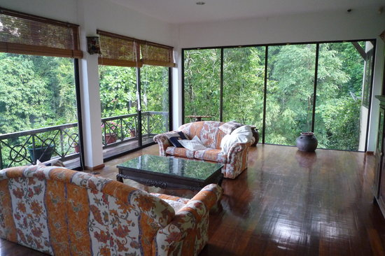 Nanga Damai Homestay: The lounge / reading room