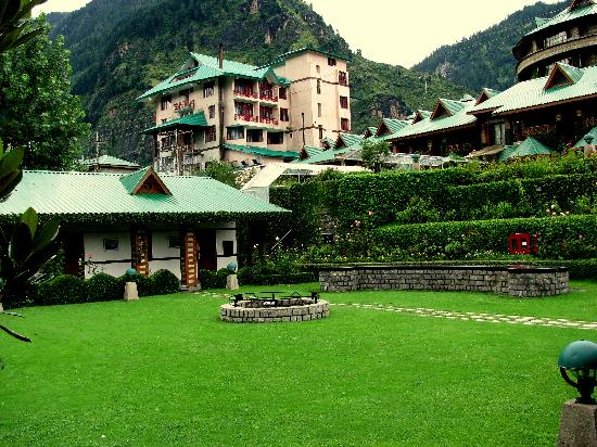 Prini, Indien: Hotel Lawn