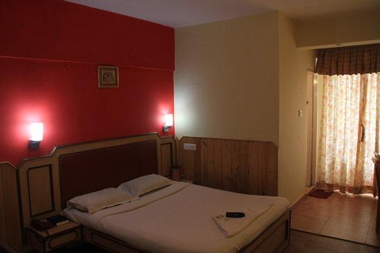 J's Heritage Hotel: Super Deluxe Room