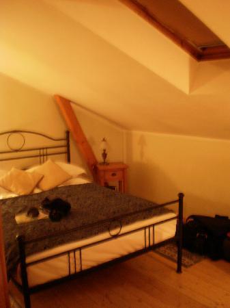 Hotel Sedan: Room