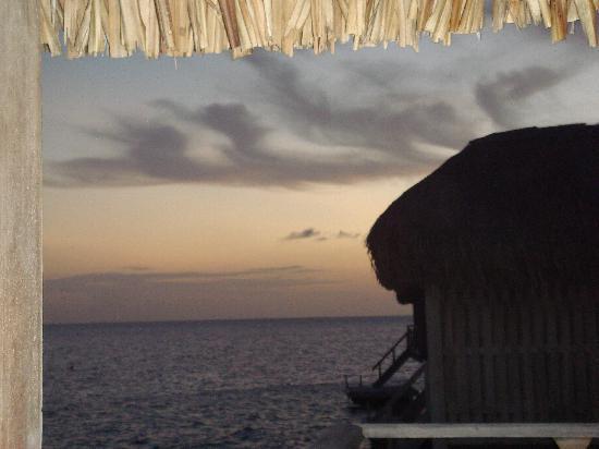 Conrad Bora Bora Nui : evening view from the room