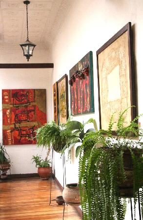 Hostal Macondo: the Espectacular entry od Macondo's reception. the Artists in Rosy Revelo from Ecuador.