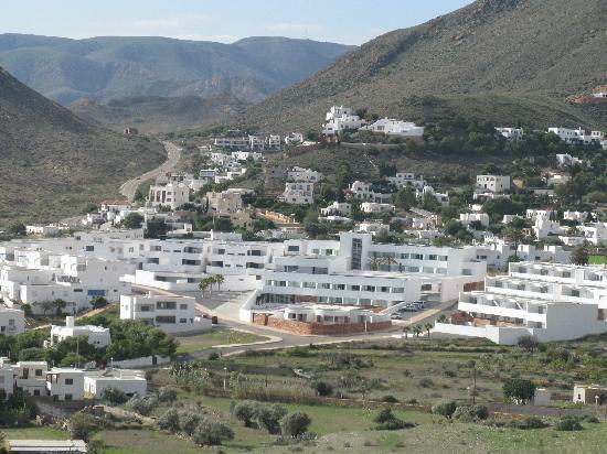 Hotel Cala Grande: Las Negras y el Hotel desde el Cerro Negro
