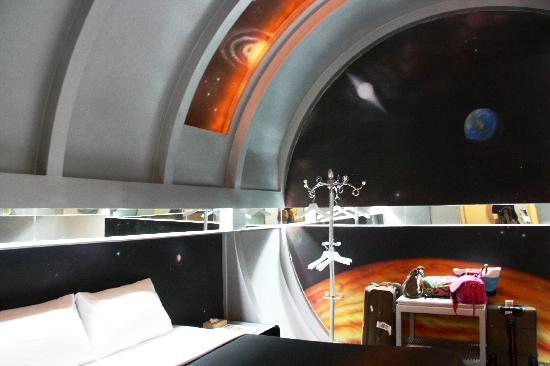 The Adventure Hotel: Space - Writing desk