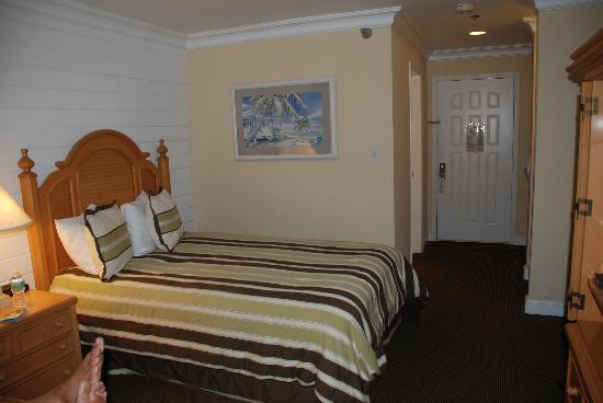 Inn On The Lakes: Room 322