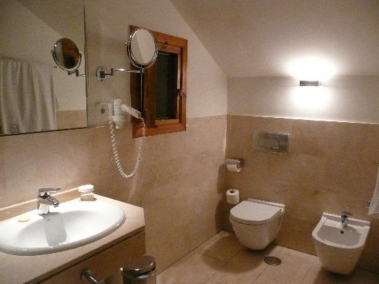 Imagenes De Baño De Luna:baño – Foto van Hotel Puerta de la Luna, Baeza – TripAdvisor