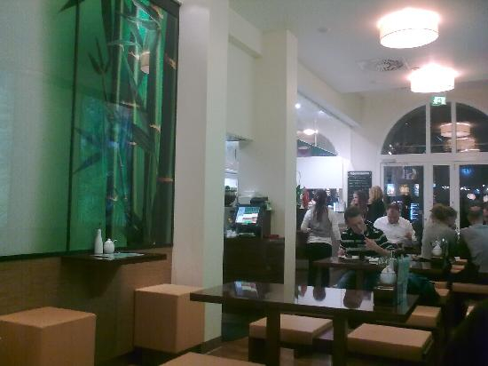 mai wok freiburg restaurant bewertungen telefonnummer fotos tripadvisor. Black Bedroom Furniture Sets. Home Design Ideas
