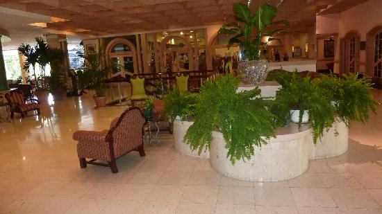 The Jamaica Pegasus Hotel: lobby of Pegasus