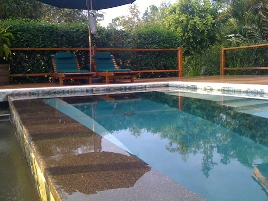 Blancaneaux Lodge: our plunge pool, enchanted cottage