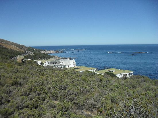 The Twelve Apostles Hotel and Spa: View of the hotel from the walking trail which is within the hotels grounds.