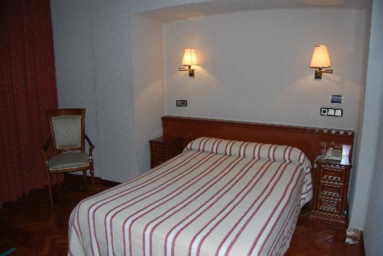Hotel Colon Spa: Habitación
