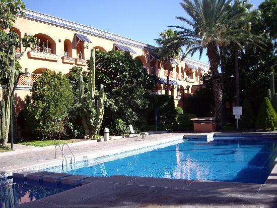 Hotel Armida Interior Courtyard
