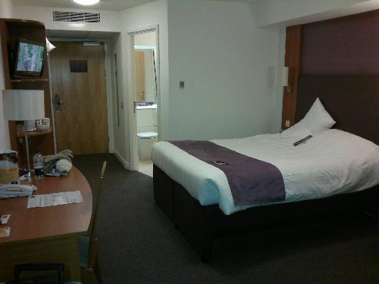 Premier Inn Cardiff City Centre Hotel: room 717