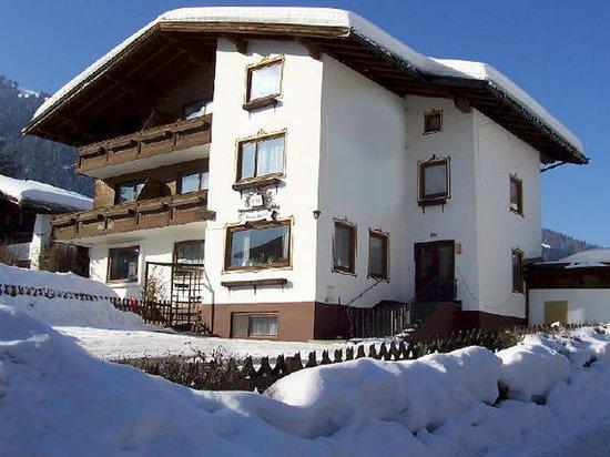 The Apsley Ski Lodge: The Apsley Lodge