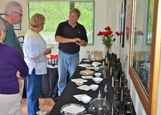 Esk Valley Olives and Oils: Rod conducting tasting in the shop