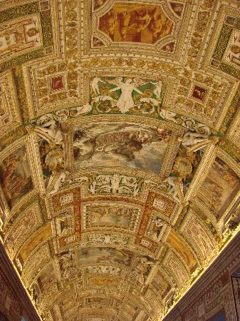Epic Rome Tours: Inisde the vatican