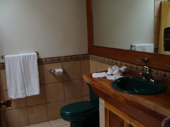Hotel Montana Monteverde: Desk area
