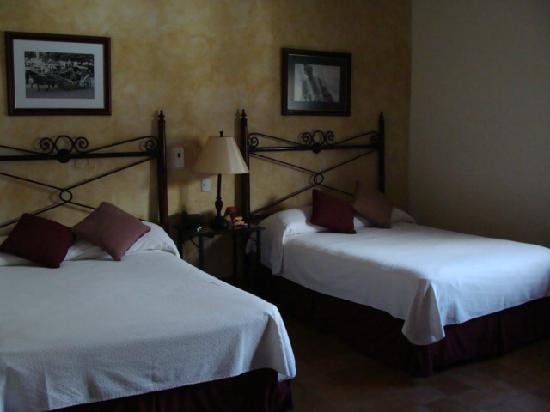 Hotel Dario: Beds