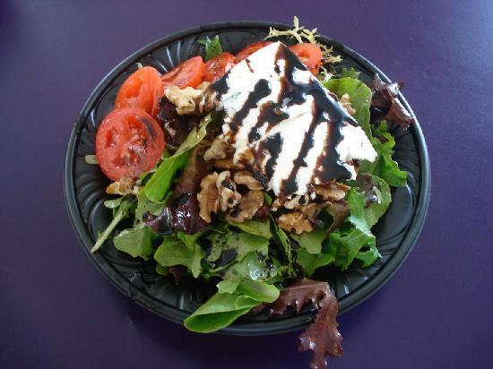 Panini Schamini: Gorgonzola & Walnut Salad