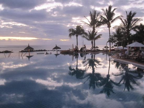 Sands Suites Resort & Spa: Reflets