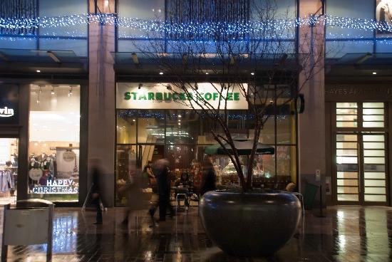 ‪Starbucks - St David's Centre The Hayes‬
