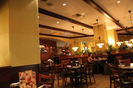 Inside picture of olive garden philadelphia tripadvisor for Olive garden locations near me