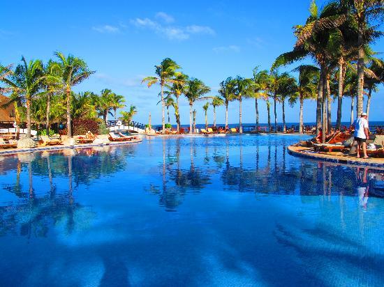 Grand Oasis Cancun: piscine