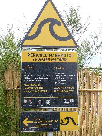 La Locanda del Barbablu: Watch out for tsunamis