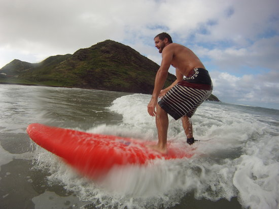 Saint Kitts dan Nevis: Surfing St. Kitts