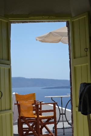 Old Oia Houses: View from bed