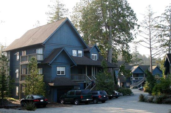 Water's Edge Shoreside Suites: les maisons en bois qui constituaient l'hôtel