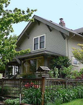 Photo of Everett Street Guesthouse Portland