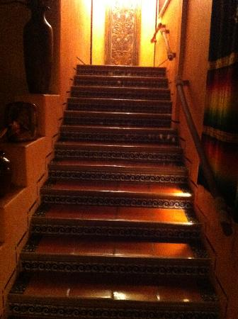 Casa Candiles Inn: The Golden Stairway to our room