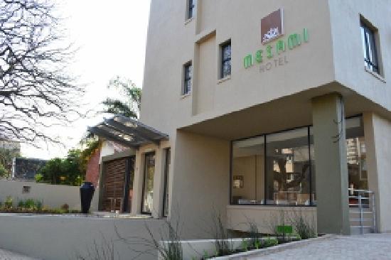 Mesami Hotel: entrance