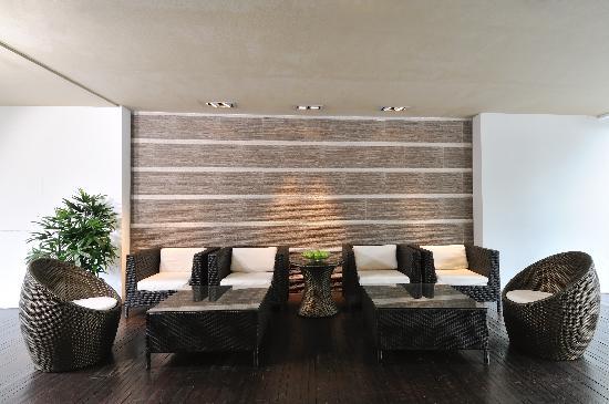 Hotel 34: Terrace