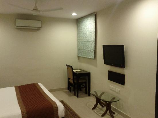 Classic Diplomat - New Delhi: Room 3