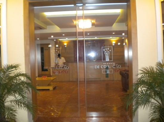 Resort De Coracao: hotel entrance