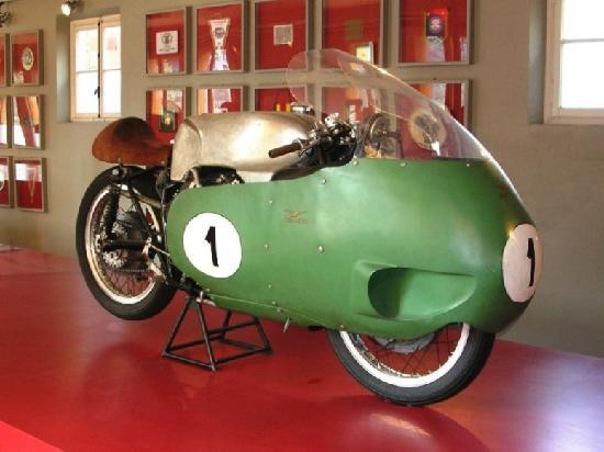 Mandello del Lario, Italia: 500 8 cilindri da Gran Premio