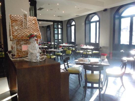 Geruisi Art Hotel: El comedor