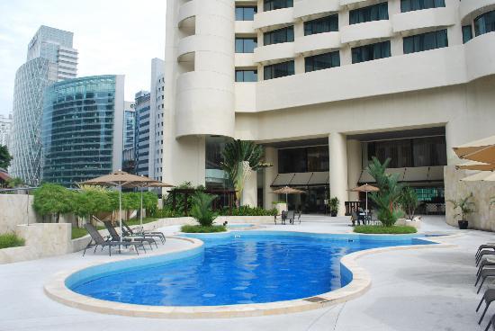 Swimming Pool Of Novotel Picture Of Hotel Novotel Kuala Lumpur City Centre Kuala Lumpur
