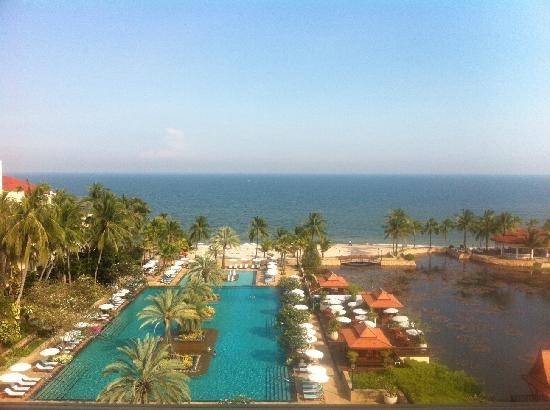 Dusit Thani Hua Hin: View from our room.