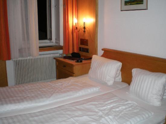 Altpradl Hotel : Nice bed...