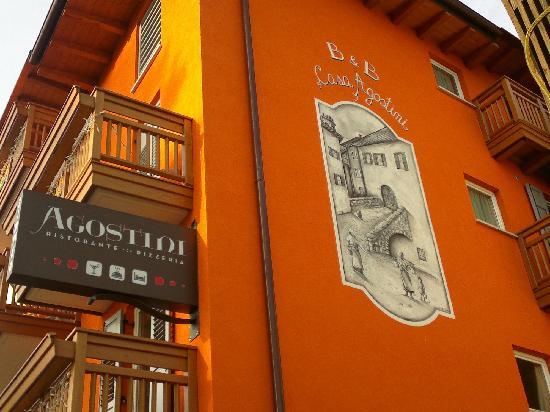 Affittacamere Agostini: Esterno vedi anche hotel