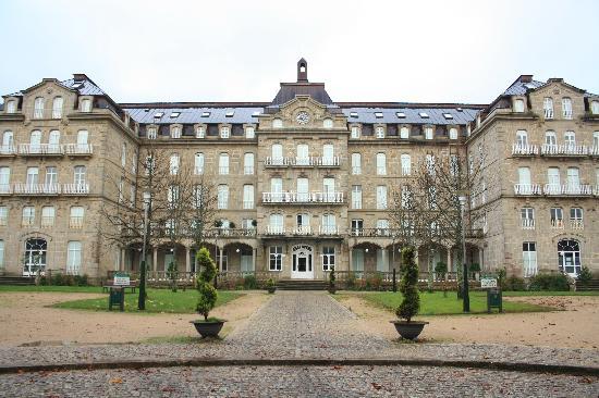 Balneario de Mondariz: El edificio es impresionante