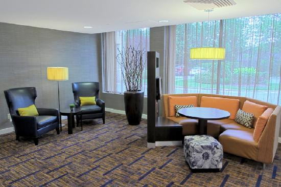 Courtyard by Marriott Rockaway - Mt. Arlington: Lobby