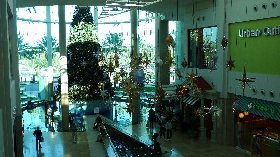 The Mall at Millenia: 2011 Dec