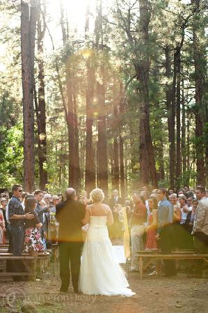 Mormon Lake Lodge and Campground: Wonderfully serene setting for weddings!