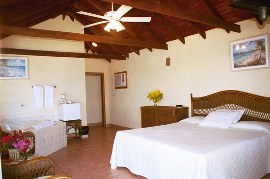 Exotic Caye Beach Resort: Honeymoon Suite