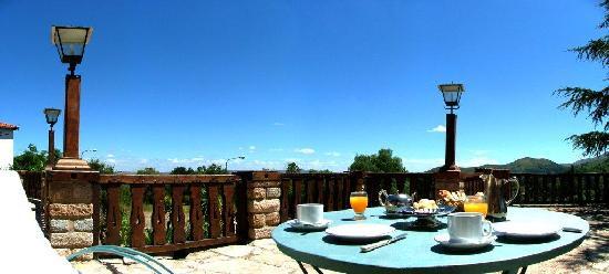 Gran Hotel La Cumbre: Terraza